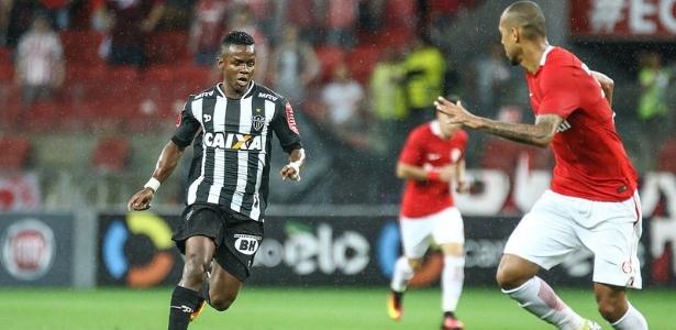 Cazares será titular do Galo na partida contra o Grêmio nesta quarta-feira