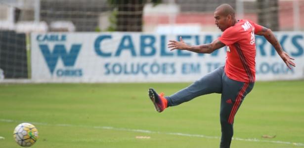 Emerson Sheik está sem clube desde quando deixou o Flamengo