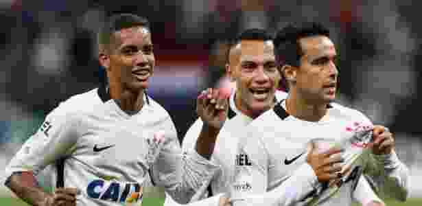 Jadson marcou um dos gols na vitória do Corinthians sobre o Linense - Marcello Zambrana/AGIF