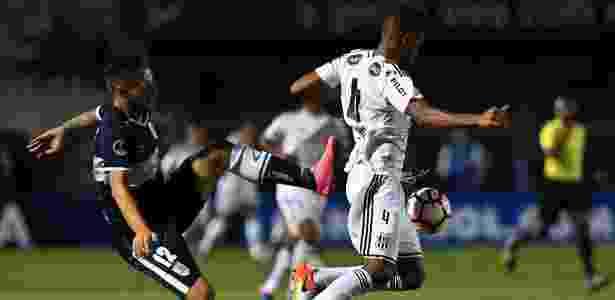 Jogo de ida contra o Gimnasia, em Campinas, terminou empatado sem gols - Nelson Almeida/AFP Photo