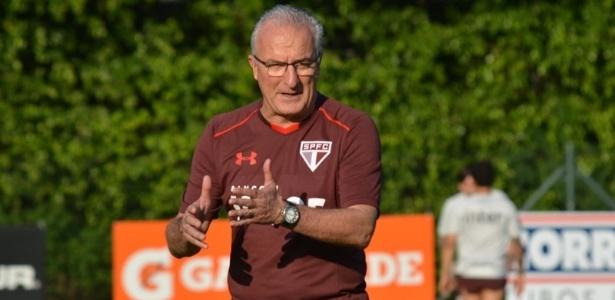 Técnico vai para o oitavo jogo no comando do São Paulo