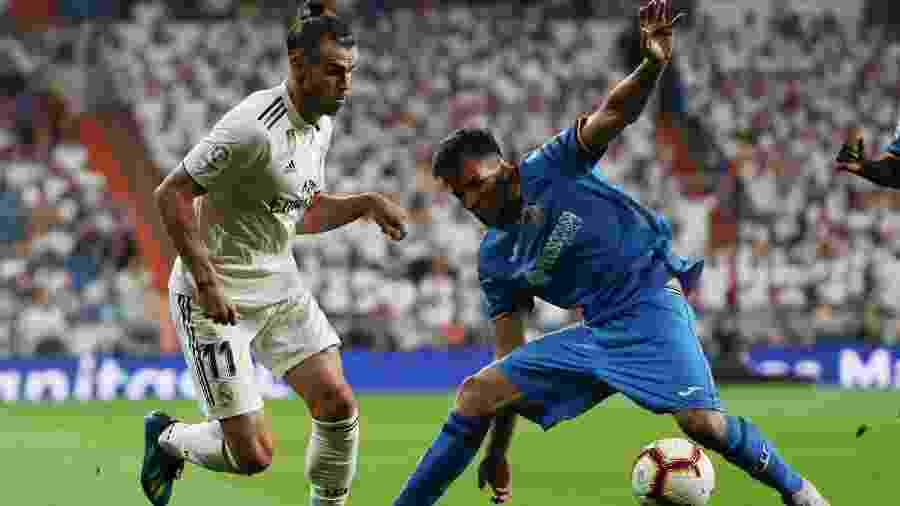 Leandro Cabrera (direita) é alvo do Liverpool para o setor defensivo - REUTERS/Sergio Perez
