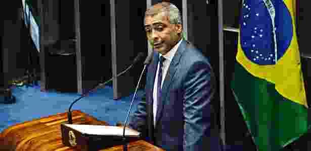 Senador desde as últimas eleições gerais, Romário agora tenta ser governador - Renato Costa/folhaPress