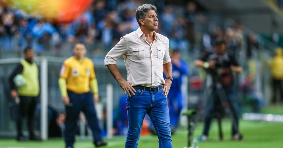 Renato Gaúcho comanda o Grêmio em partida contra o Bahia