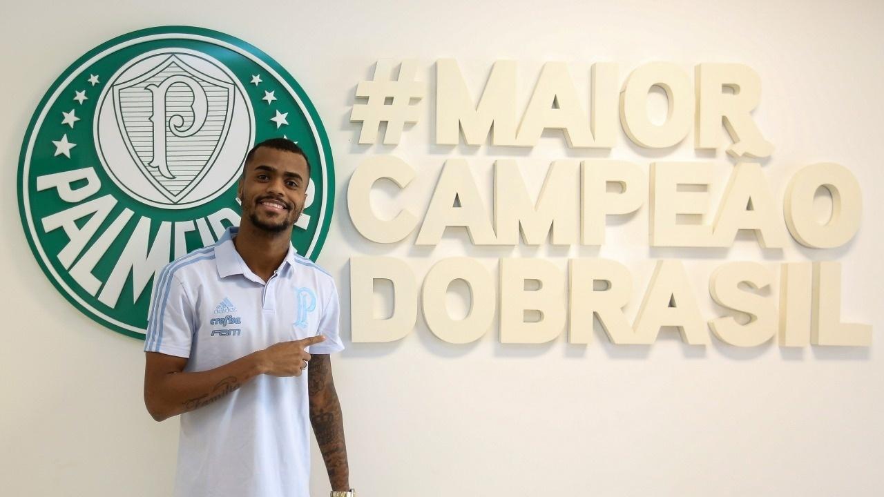 3b8200bd37ad0 Mercado da Bola  Palmeiras com novo reforço e Luan na mira do Cruzeiro -  21 12 2018 - UOL Esporte