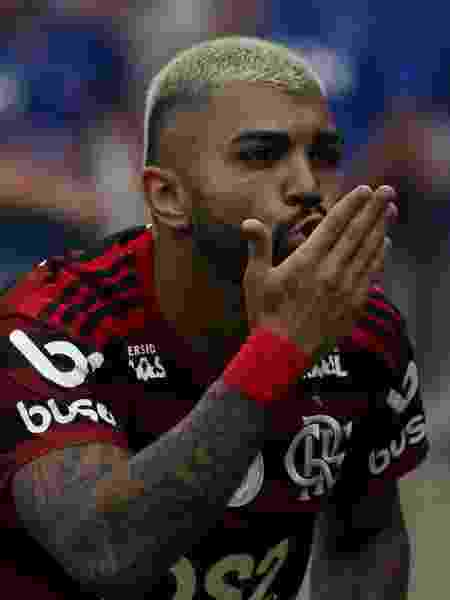 Gabigol comemora após marcar pelo Flamengo contra o Cruzeiro - Fernando Moreno/AGIF