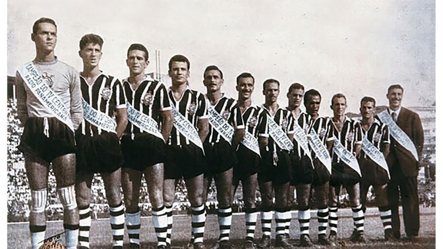 Corinthians Campeão Paulista do IV Centenário, em 1954 - Reprodução/Corinthians