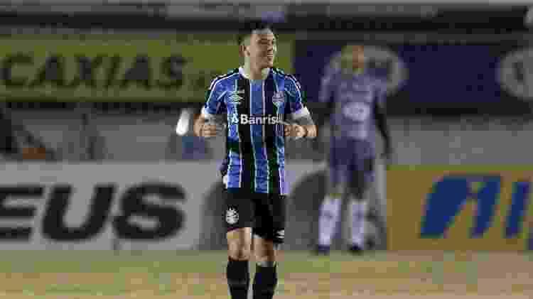 Pepê comemora gol marcado contra o Caxias, no jogo de ida da final do Gauchão - Fernando Alves/AGIF - Fernando Alves/AGIF