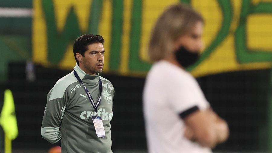 Abel Ferreira no comando do Palmeiras contra o Defensa y Justicia - Cesar Greco/ Ag. Palmeiras