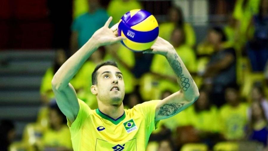 Douglas Souza, jogador da seleção brasileira de vôlei e sucesso nas redes sociais - Reprodução/Instagram