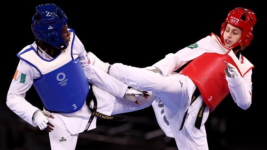 Milena Titoneli em ação na disputa do bronze no taekwondo da Tóquio-2020 - Maja Hitij/Getty Images
