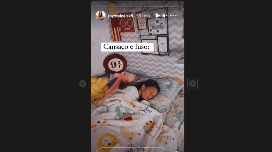Rayssa Leal dormindo após chegada ao Brasil - Reprodução/Instagram