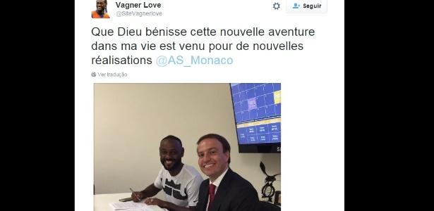 Perfil no Twitter mostra Vagner Love supostamente assinando contrato com o Monaco