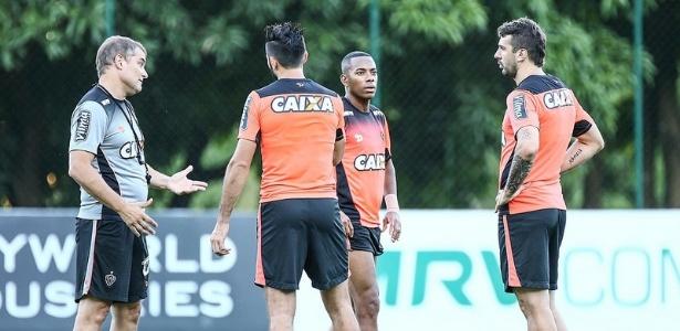 Aguirre preparou o Atlético para ter o trio Dátolo, Robinho e Pratto contra a URT - Bruno Cantini/Clube Atlético Mineiro