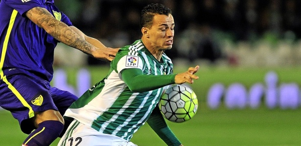Leandro Damião vem de passagem apagada pelo Betis, da Espanha - Xinhua/UE Syndication/ZUMAPRESS