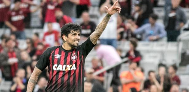 Lucho é uma das lideranças do Atlético em campo - Cleber Yamaguchi/AGIF