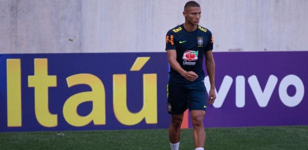 Richarlison em ação durante treino da seleção brasileira - Pedro Martins/MoWa Press