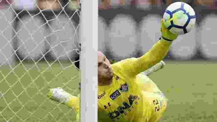 Defesa de Júlio César salvou o Fluminense do rebaixamento na última rodada em 2018 - Alexandre Loureiro/Getty Images - Alexandre Loureiro/Getty Images