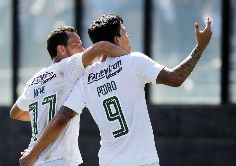 Pedro comemora gol do Fluminense contra o Vasco