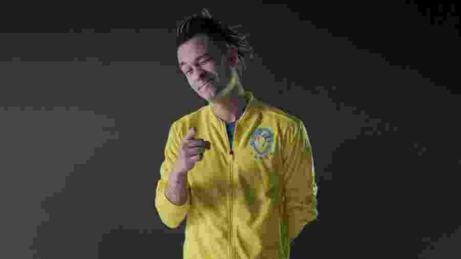 Apresentador do Desimpedidos opinou sobre estilo de Neymar, para ele mais parecido com o de R10 - Divulgação/NWB
