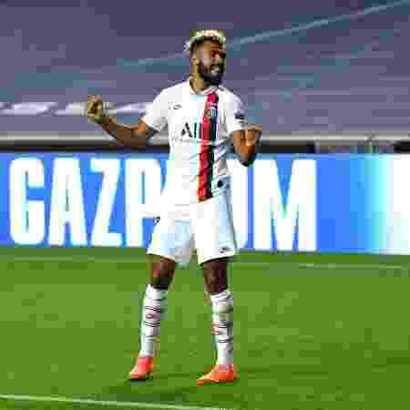 Choupo-Moting comemora a classificação do PSG para a semifinal da Champions League - David Ramos/Getty Images