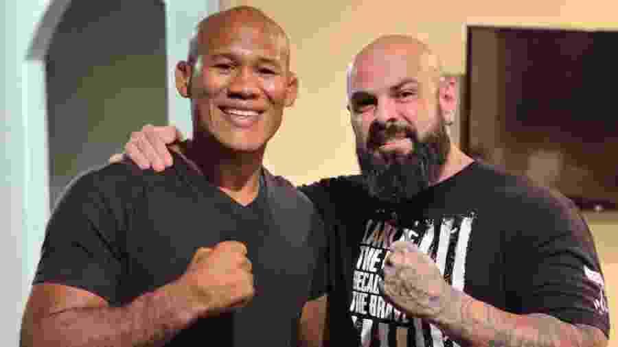 """Ronaldo Jacaré, do UFC, e Rubens Gomes, o """"Coach Rubens"""", se enfrentarão em luta promocional no próximo dia 17 - Reprodução/Facebook"""