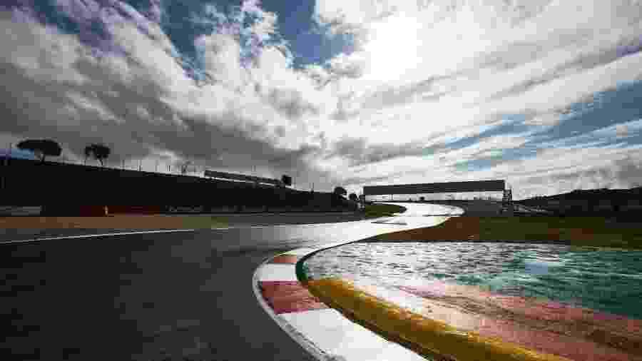 Circuito de Portimão recebe a F1 pela primeira vez neste final de semana - Steve Etherington/Mercedes