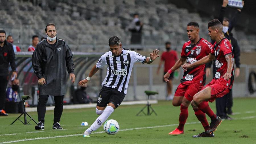 Leandro Zago é técnico do time de transição do Galo e substitui Sampaoli, que está com Covid-19 - Pedro Souza/Atlético-MG