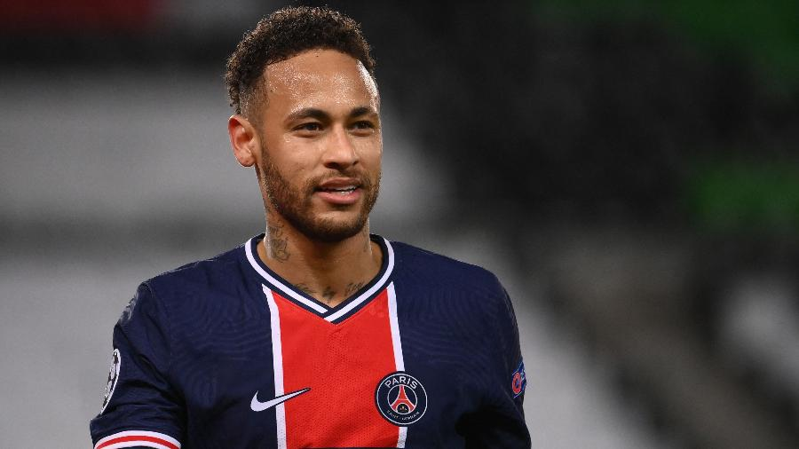 Fora da Super Liga, o PSG poderia ficar sozinho na atual edição da Champions - FRANCK FIFE / AFP