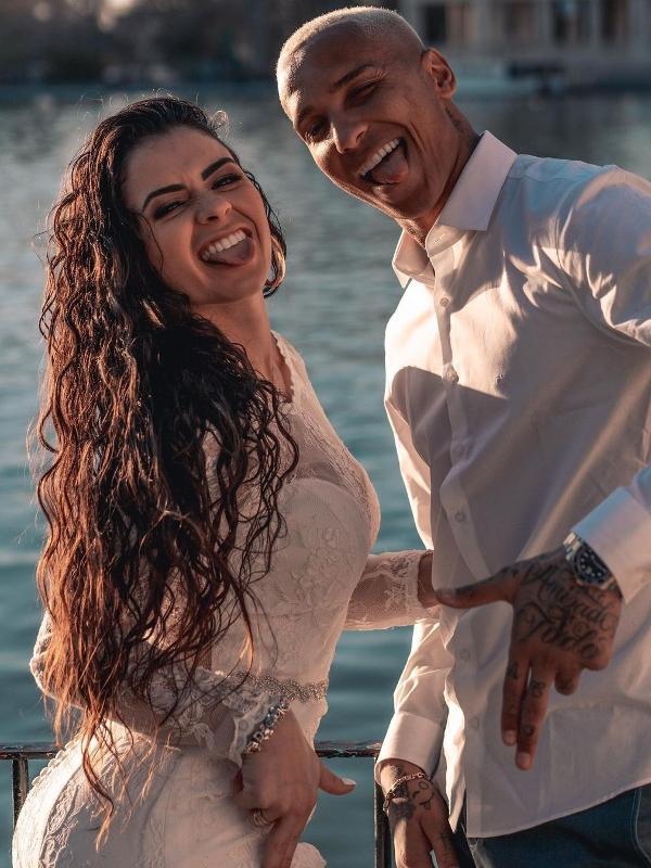 Deyverson casou com a médica veterinária Karina Alexandre