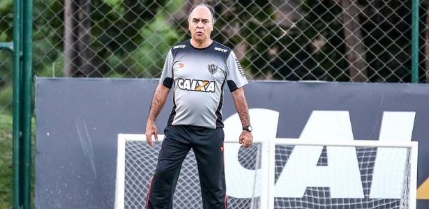 Marcelo Oliveira durante treino do Atlético-MG, na Cidade do Galo