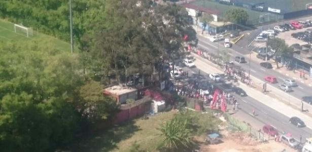 Protesto de torcedores no CT do São Paulo em agosto terminou em invasão e violência - Vinicius Laureano/arquivo pessoal