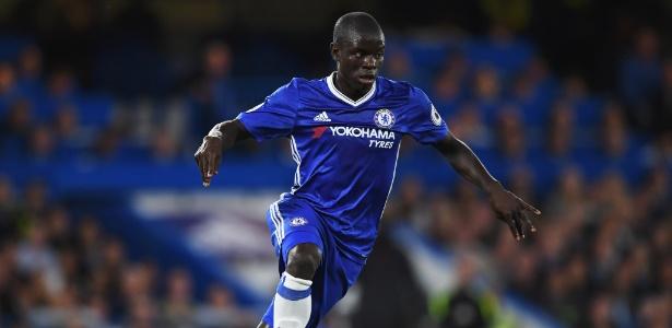 Kanté em ação durante jogo do Chelsea