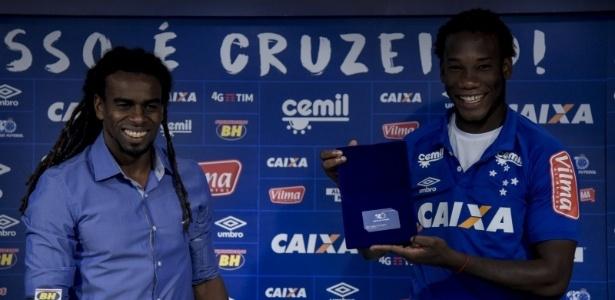 Zagueiro elogiou recepção dos companheiros e não teme dificuldades de adaptação