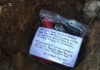 Zicada? Fã do Atlanta enterra camisa do Super Bowl com mensagem ao futuro - Reprodução/Twitter