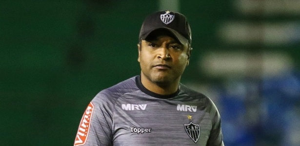 Roger Machado decidiu acabar com a concentração do Atlético-MG para os jogos em BH