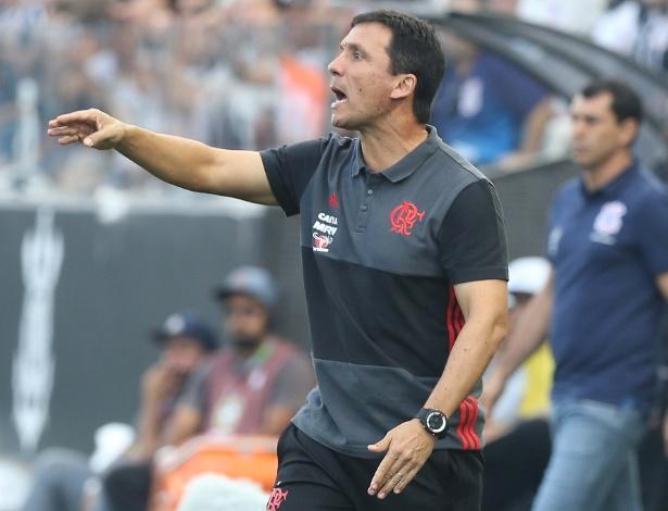 O técnico Zé Ricardo sofre para fazer o Flamengo somar bons resultados no Brasileirão