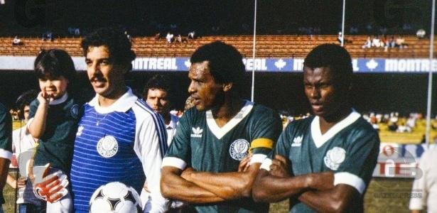 Ex-goleiro João Marcos (esq.) em passagem pelo Palmeiras