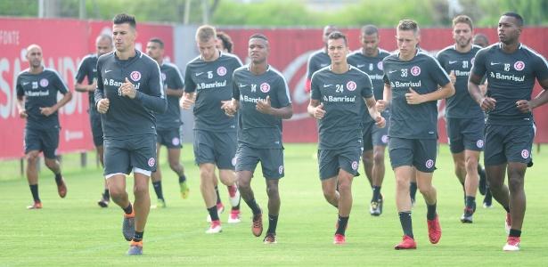 Jogadores do Inter trabalham no CT do clube, e buscam evolução no time