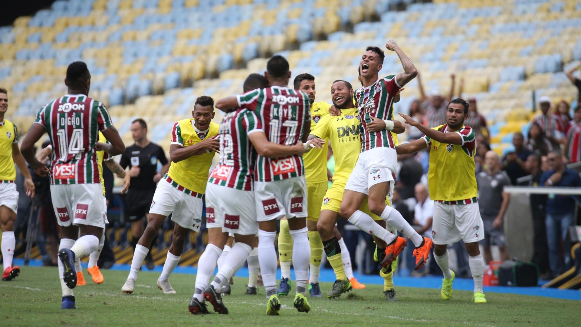 Jogadores do Fluminense comemoram o gol de Richard diante do América-MG pela 38ª rodada do Campeonato Brasileiro 2018