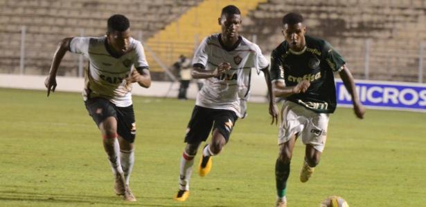 Palmeiras despachou o Vitória e avançou na Copa São Paulo