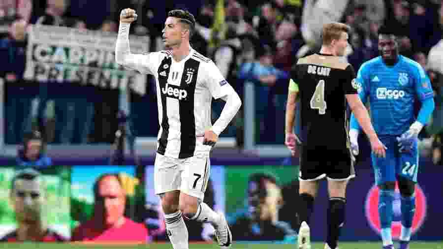 Cristiano Ronaldo comemora gol para a Juventus diante do Ajax nas quartas de final da Liga dos Campeões - Massimo Pinca/Reuters