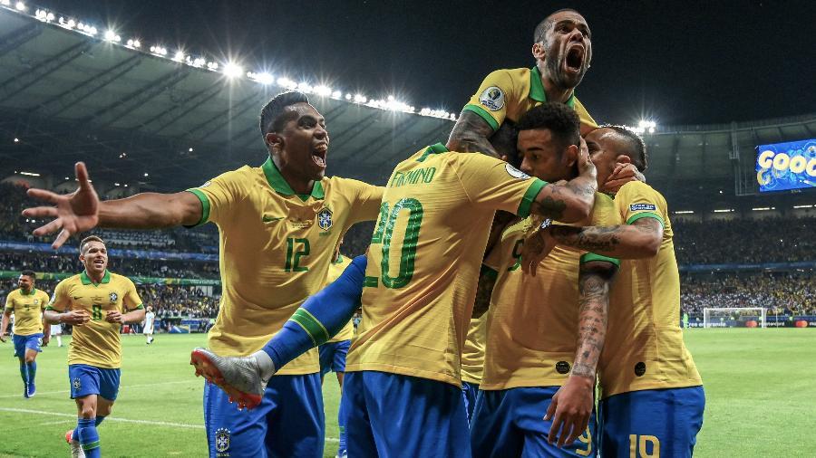 Seleção brasileira é uma das três mais valiosas da atualidade - Pedro Ugarte/AFP