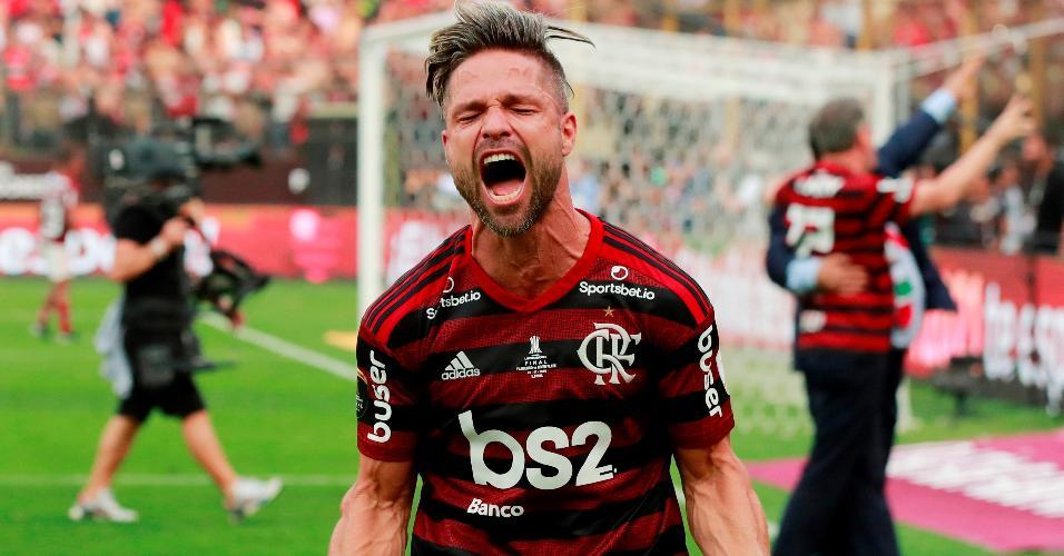 Diego vibra com título da Libertadores pelo Flamengo