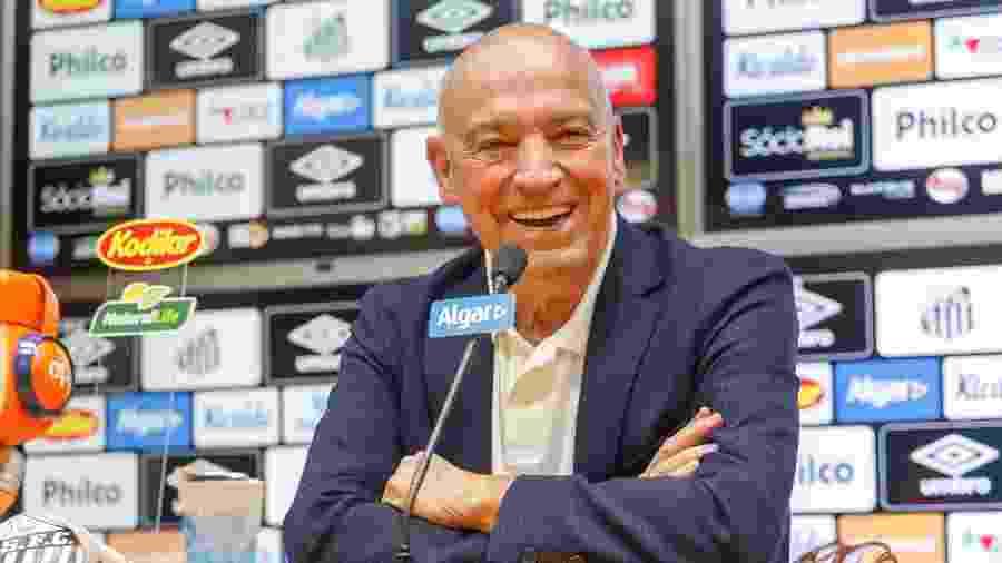 Jesualdo Ferreira em sua apresentação ao Santos - Fernanda Luz/AGIF