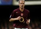 Expert em cobertura: no aniversário de Dennis Bergkamp, veja golaços seus - Mark Thompson/Getty Images