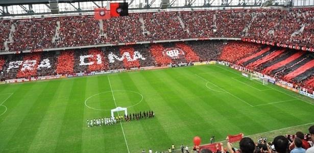 Jornalista Luis Carlos Quartarollo chamou alguns torcedores do Atlético-PR de porcos - Folhapress