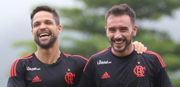 Diego segue com a 35; Mancuello troca a 23 pela 11