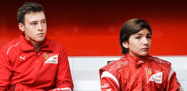 Enzo Fittipaldi (à dir.) ao lado de Marcus Armstrong - Divulgação/Ferrari