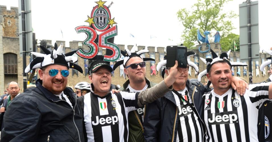 Torcedores da Juventus se animam horas antes da decisão da Liga dos Campeões em Cardiff